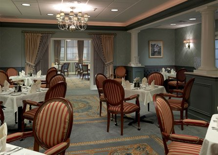 The_Evergreens_Formal_Dining